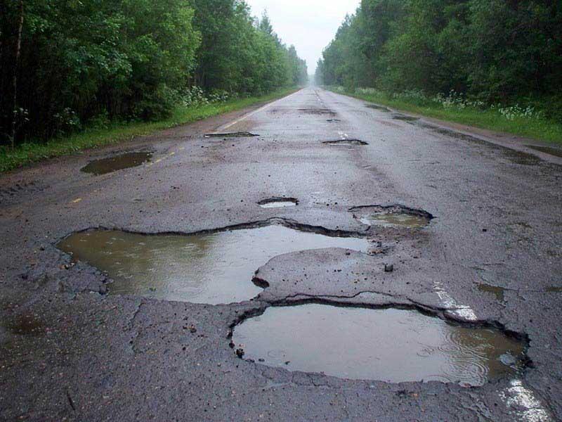 От ям на дорогах есть защита на двигатель Хендай Солярис
