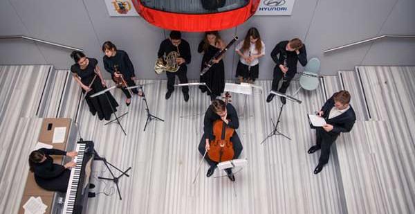 Очередной урок цикла «Большая музыка для маленьких» от «Хендэ Мотор СНГ»