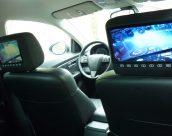 Как установить монитор в подголовник автомобиля